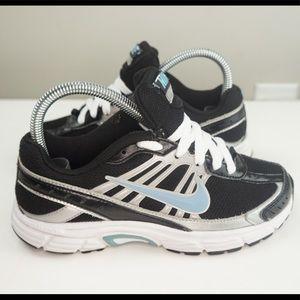 Nike Dart 8 Running Shoes